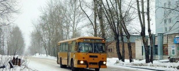 Единственный в Новосибирске ЛиАЗ 677 выпустили на маршрут №67