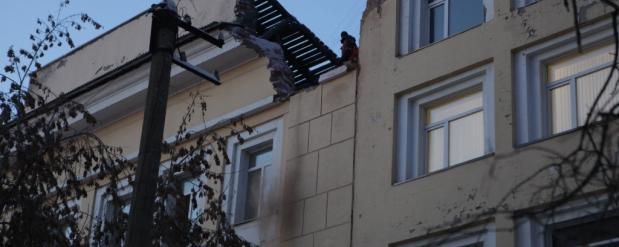 В Новосибирске на Красном проспекте стартовал снос здания ФСБ