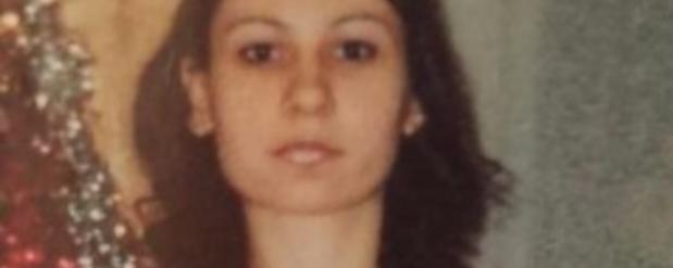 В Новосибирске женщина в сорочке и сланцах вышла из дома и пропала