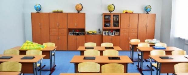 В мошенничестве обвинили школьного завхоза в Новосибирской области