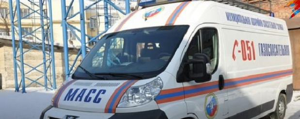 В Новосибирске мужчина бросался вещами из окна и бил посуду